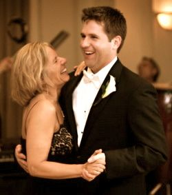 Mother And Son Wedding Song Dance
